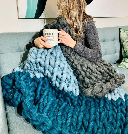 A Mixed Colour Chunky Blanket experience project by Yaymaker