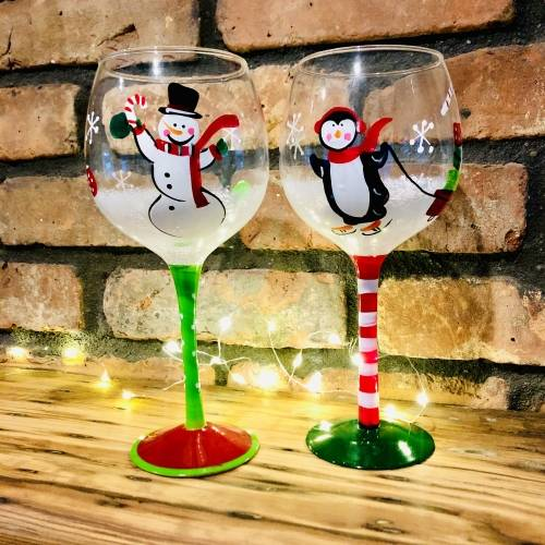 A Snow Friends Wine Glasses experience project by Yaymaker