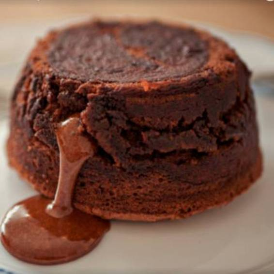 A CocuSocial  Chocolate Molten Cakes Class experience project by Yaymaker