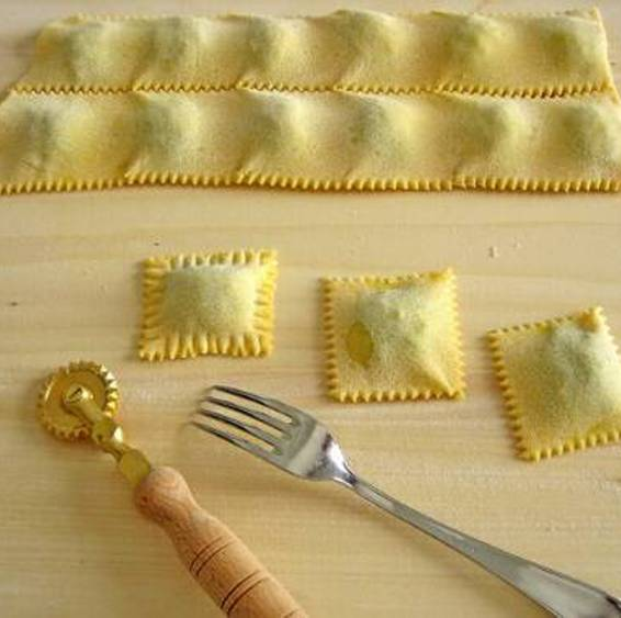 A CocuSocial Handmade Ravioli Class experience project by Yaymaker