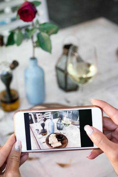 A Learn To Easily Edit Your Photos On A Phone experience project by Yaymaker