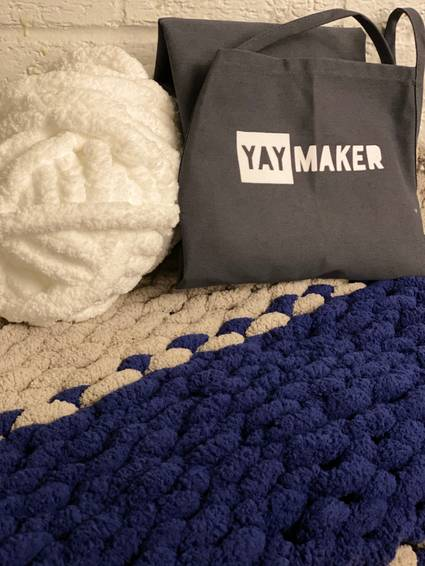 A Yaymaker Chunky Blanket Workshop Choose your colors experience project by Yaymaker