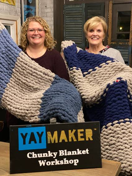 A Chunky Blanket Making with Friends experience project by Yaymaker