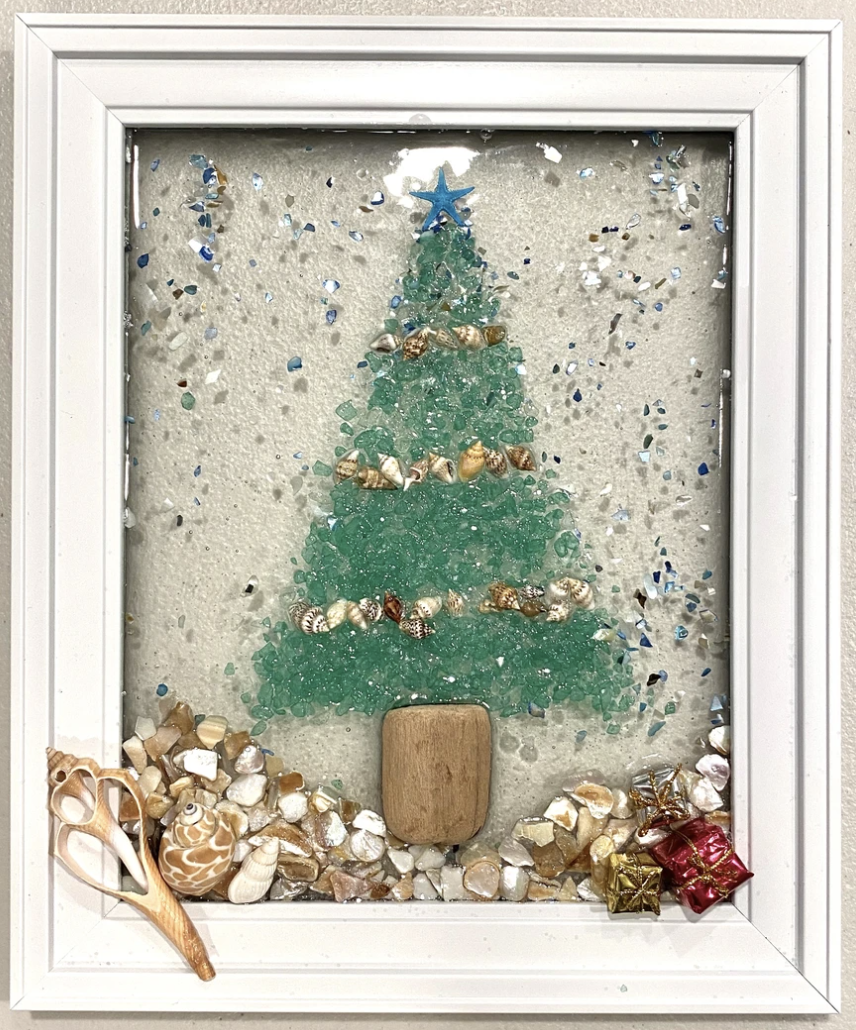 A Holiday Seascape Art Resin Workshop experience project by Yaymaker