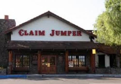 A photo of a Yaymaker Venue called Claim Jumper (Mission Viejo) located in Mission Viejo, CA