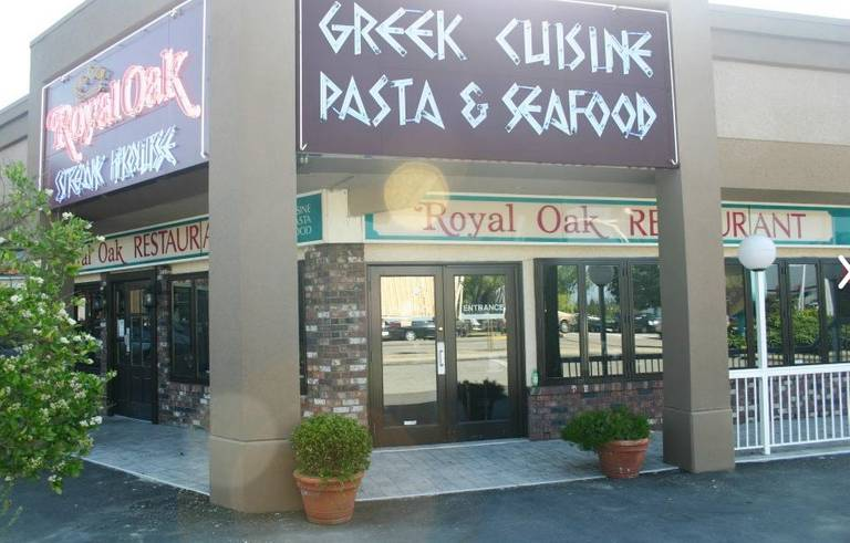 A photo of a Yaymaker Venue called Royal Oak Restaurant located in Surrey, BC