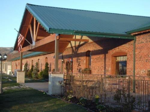 A photo of a Yaymaker Venue called Chateau Faire Le Pont located in Wenatchee, WA