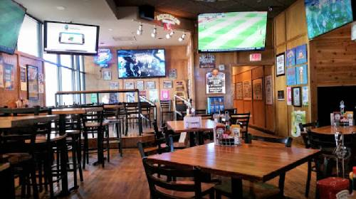 A photo of a Yaymaker Venue called Johnny's Tavern located in Overland Park, KS