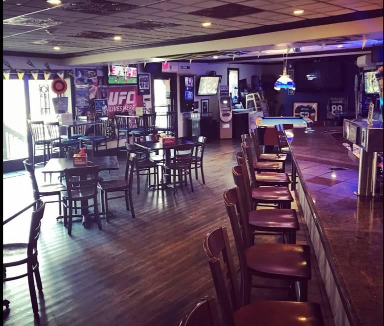 A photo of a Yaymaker Venue called Blue 42 Restaurant (Elmwood Park) located in Elmwood Park, NJ
