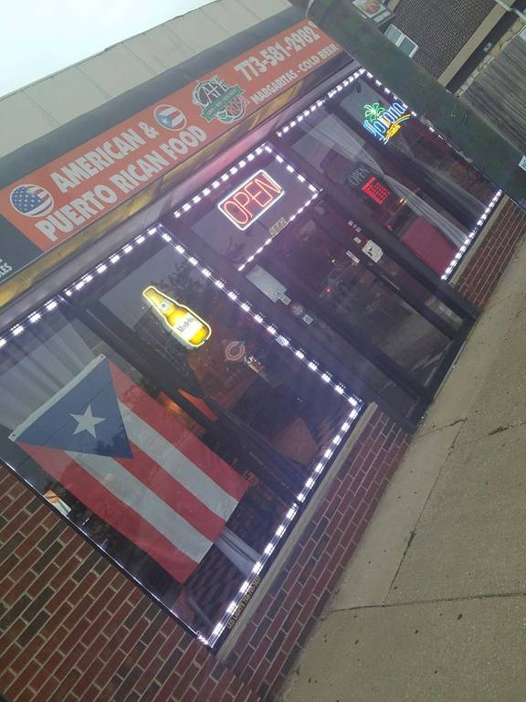 A photo of a Yaymaker Venue called Cafe  Rosa Bar & Grill Puerto Rican Restaurant located in Chicago, IL