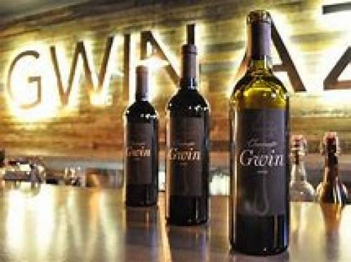 A photo of a Yaymaker Venue called GWIN Wine + Beer located in Scottsdale, AZ