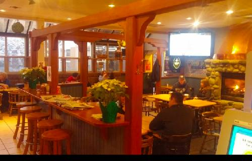 A photo of a Yaymaker Venue called Windward Pub located in Nanaimo, BC
