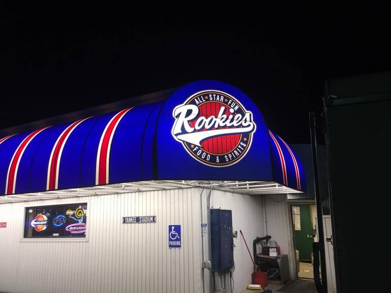 A photo of a Yaymaker Venue called Rookies Food and Spirits located in Mazomanie, WI