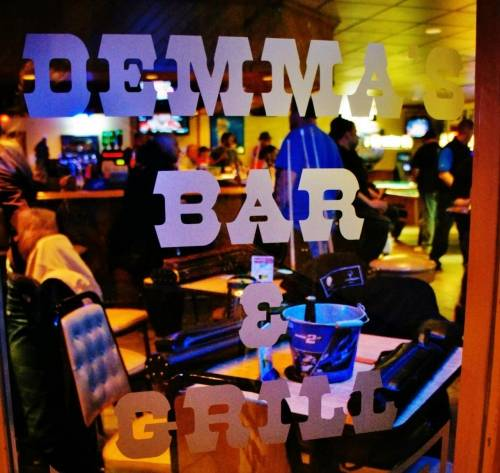 A photo of a Yaymaker Venue called Demma's Bar located in Oak Lawn, IL