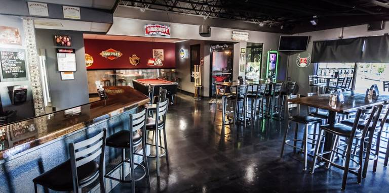 A photo of a Yaymaker Venue called Hard Core Cafe located in Gladstone, MO