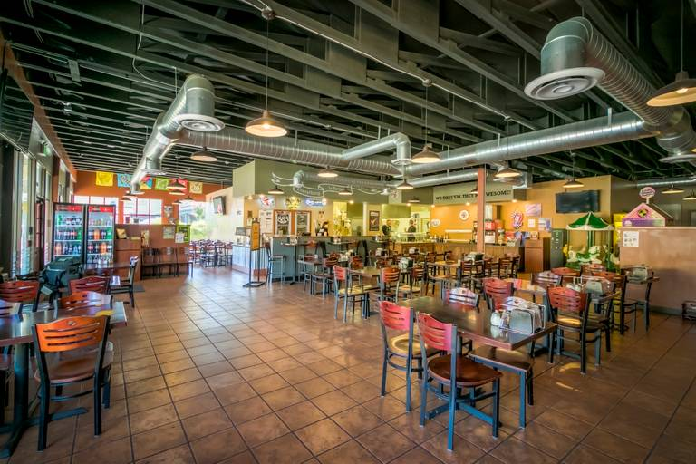 A photo of a Yaymaker Venue called Pizza Factory located in Placerville, CA
