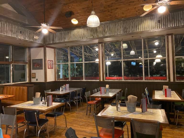 A photo of a Yaymaker Venue called Joe's Crab Shack - Fairfax located in Fairfax, VA