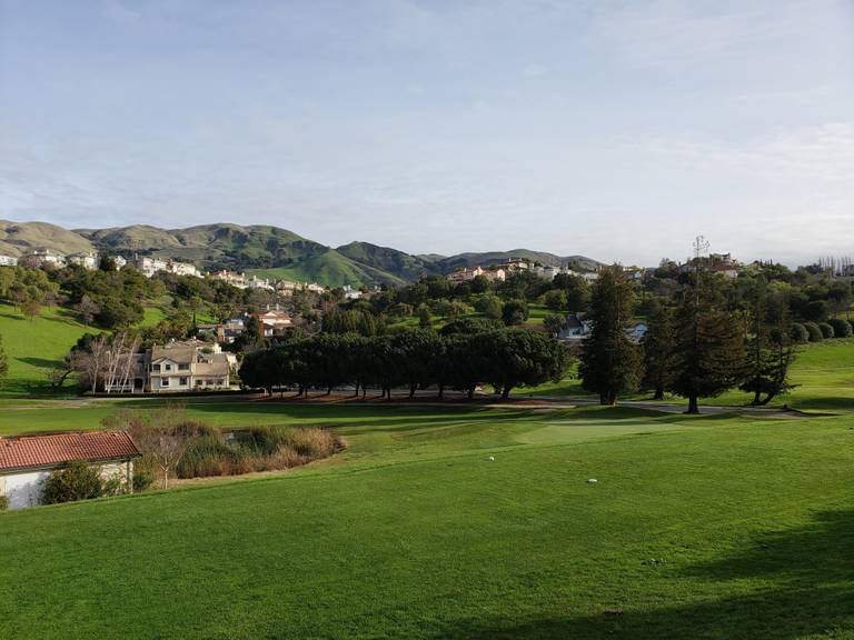A photo of a Yaymaker Venue called Summit Pointe Golf Club located in Milpitas, CA