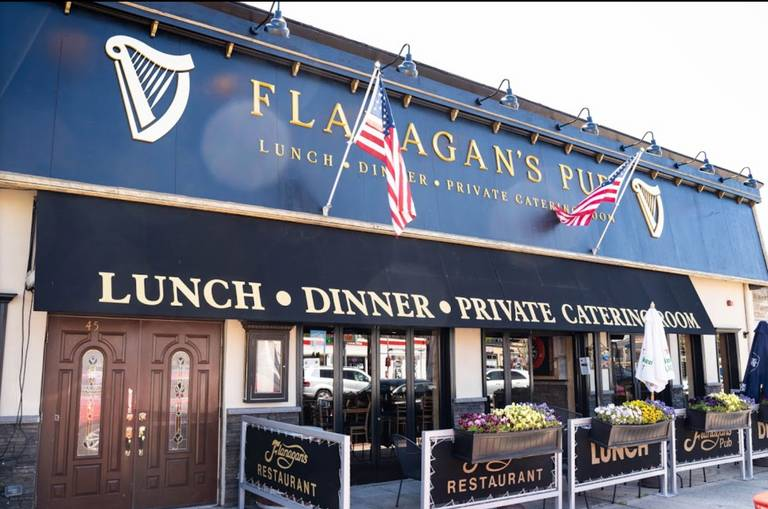 A photo of a Yaymaker Venue called Flanagans Pub (Ronkonkoma) located in East Moriches, NY