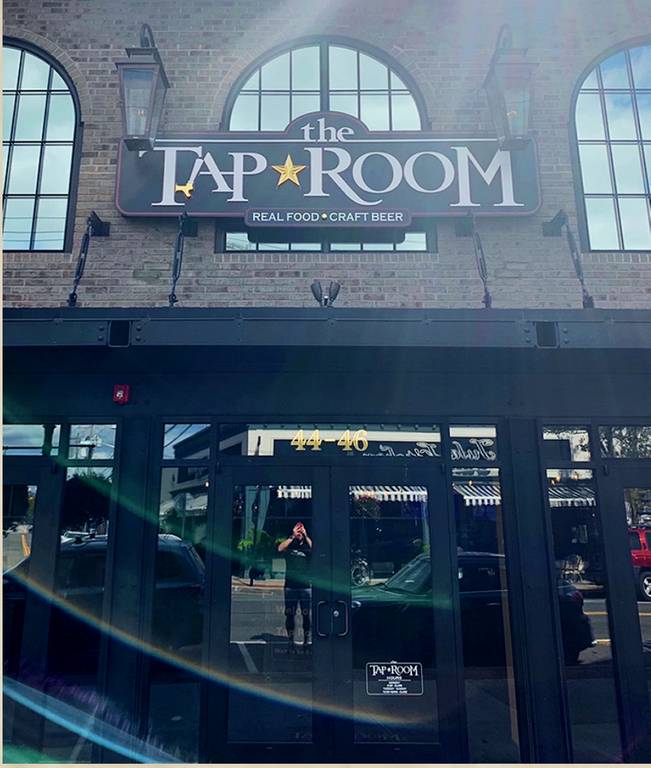 A photo of a Yaymaker Venue called Tap Room Bayshore #teamtavarone located in Bayshore, NY