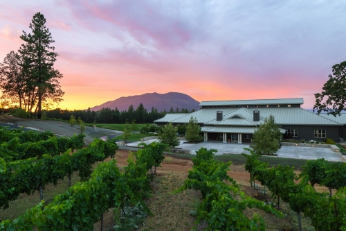 A photo of a Yaymaker Venue called Boatique Winery located in Kelsyville, CA