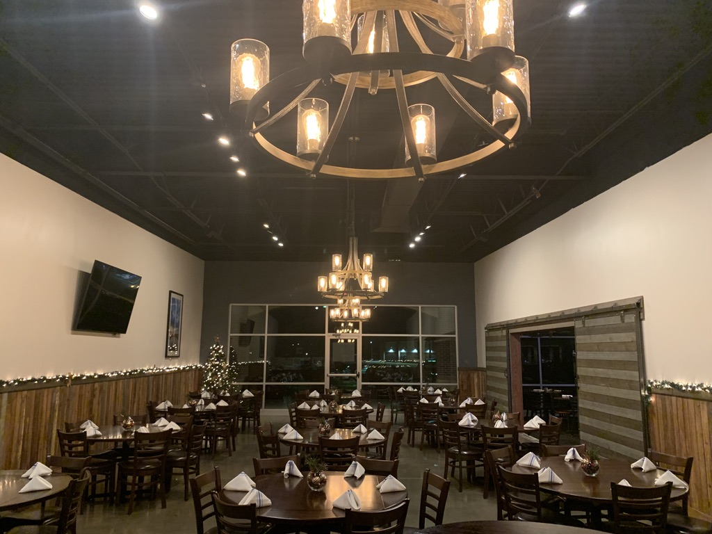A photo of a Yaymaker Venue called Blue Moose Lenexa located in Lenexa, KS