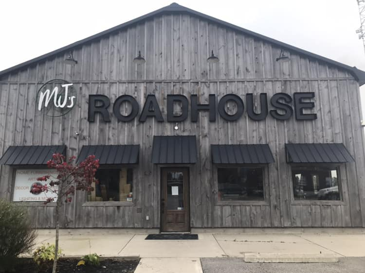 A photo of a Yaymaker Venue called MJ's Roadhouse (Lucan) located in Lucan, ON