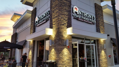 A photo of a Yaymaker Venue called Anthony's Coal Fired Pizza (Farmingdale) located in Farmingdale, NY